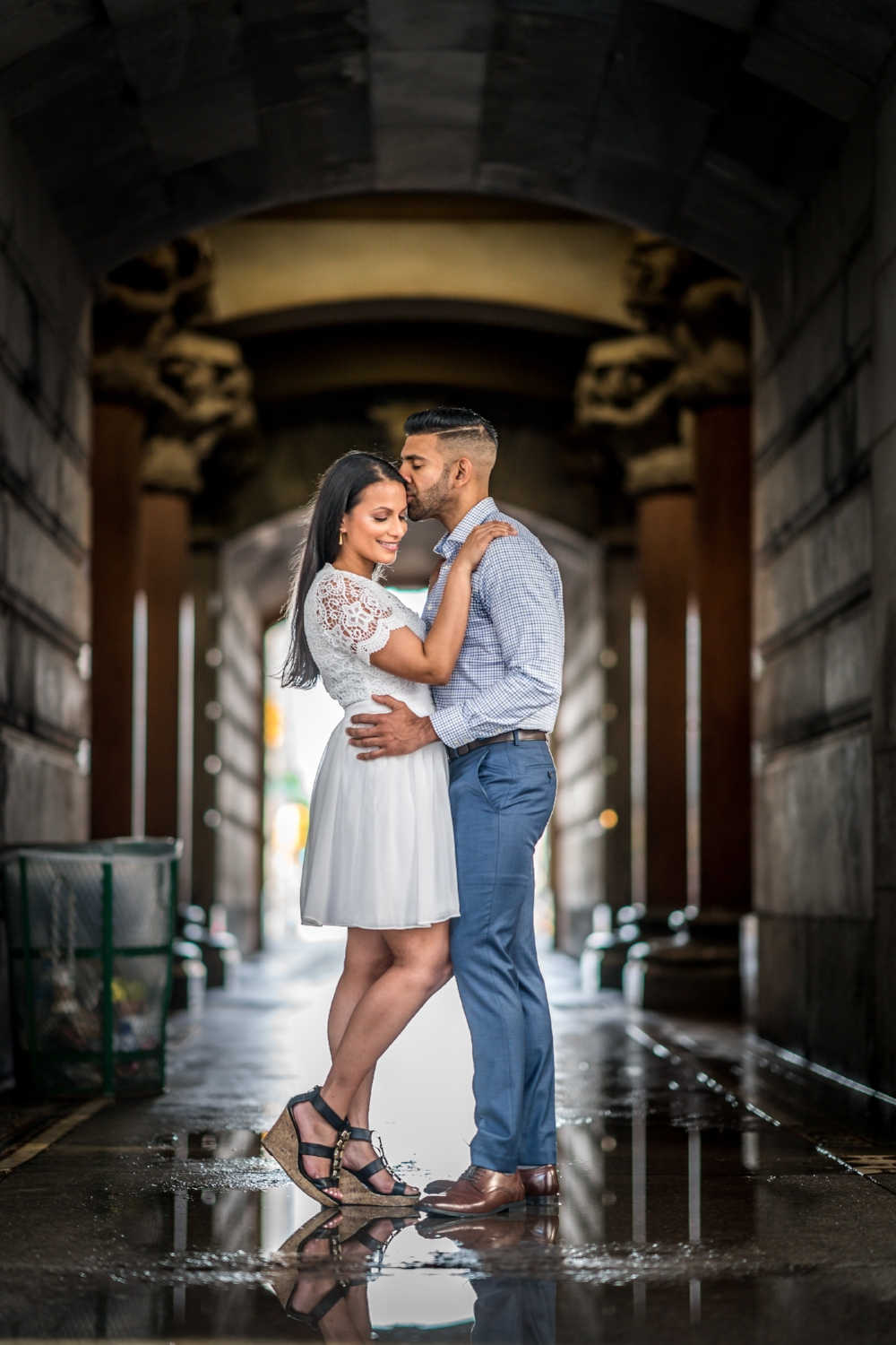 philly-city-hall-engagement-photos