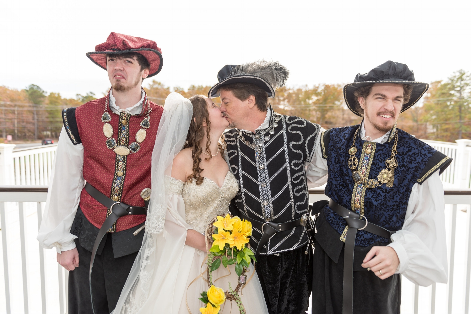 bridal-party-portraits-renaissance-wedding