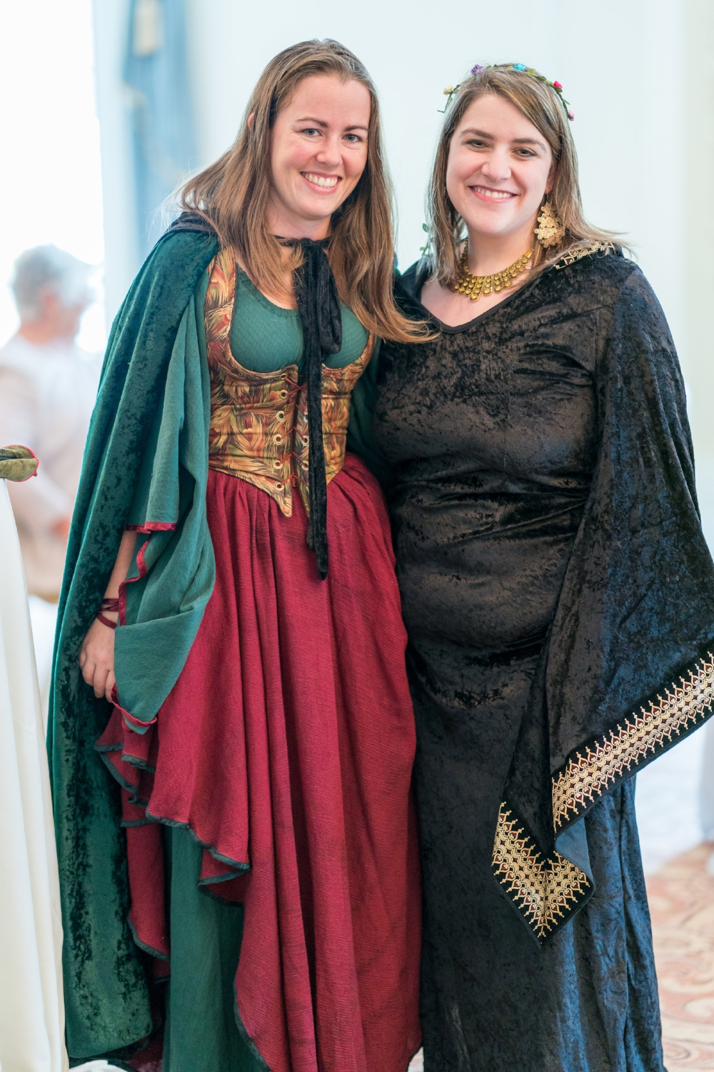 renaissance-themed-wedding-costume