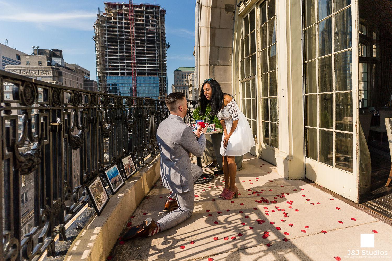 nineteen-xix-proposal-engagement-shoot-philly