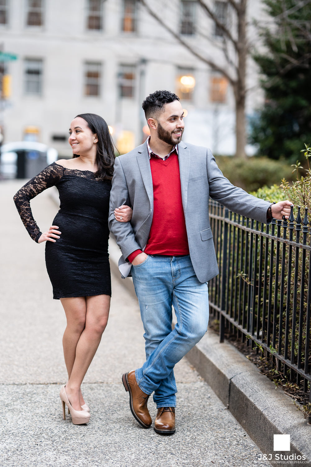 rittenhouse square engagement photography