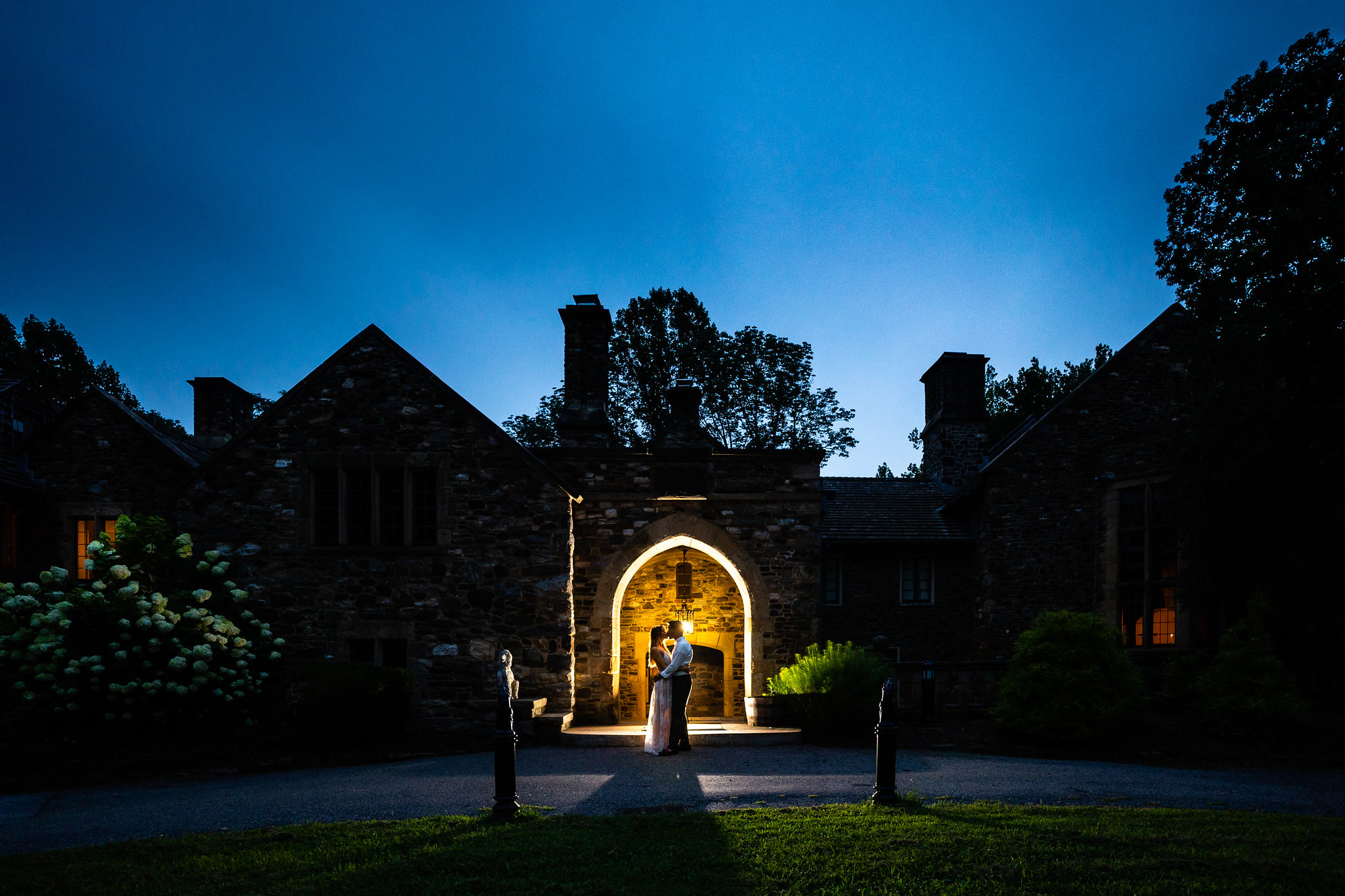 night silhouette at hunting hill mansion engagement