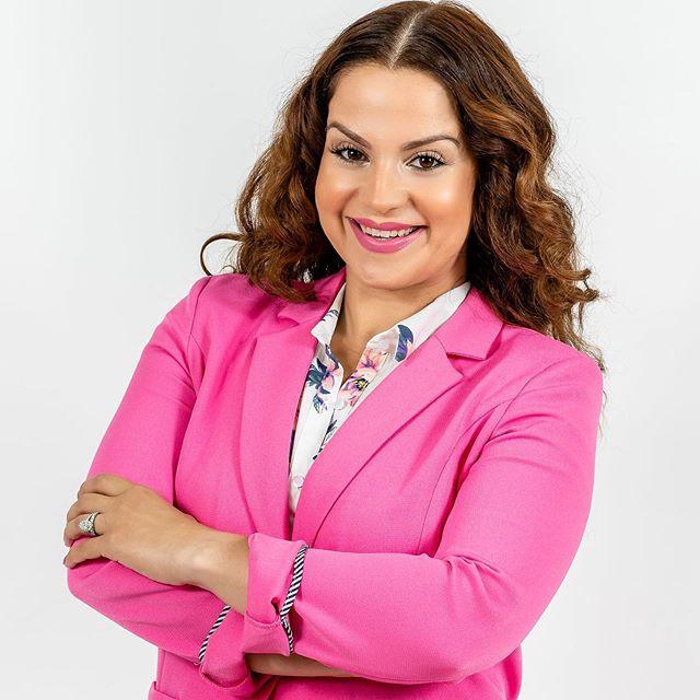 Elaine Johnson, Founder of Latinas in Motion. @latinasinmotion . . . Photo by John Ryan J&J Studios. . . . #Executive #executivechef #executiveassistant #executivetransfers #executiveTECH #executivekings #ExecutiveWig #ExecutiveSlacks #executivetravelmanagement #executiveretreat #executivedecision #ExecutiveBilliards #ExecutiveImprovementsLLC #EXECUTIVEENTERTAINMENT #ExecutiveRetreats #ExecutiveMoonstruckWorldimer #executiveofficesinTurkey #ExecutiveDidYouSeeThat #executiveassistants #executivemba #executivek9 #executiveliving #executivebuild #executivediploma #executiveheadshots #executivecutsbymickey #executivelimorentals #ExecutiveTip #executivefunctioning #executivecharters