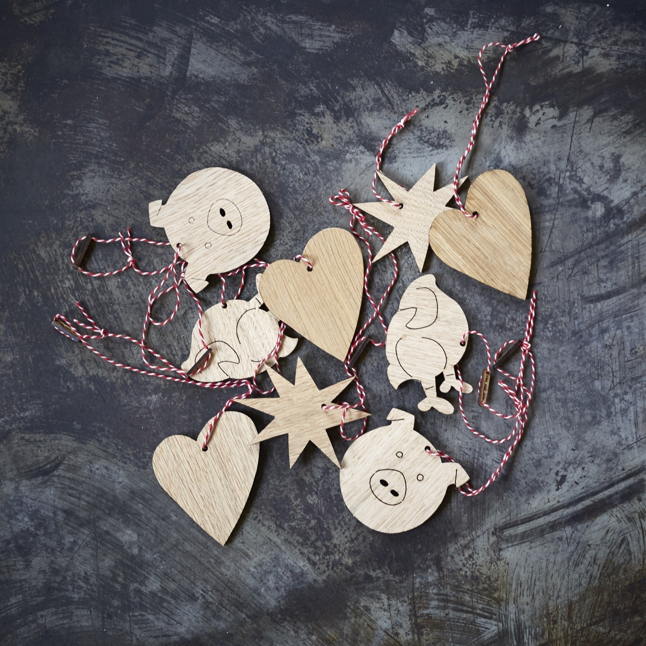 Christmas decoration_TheOakMen.jpg