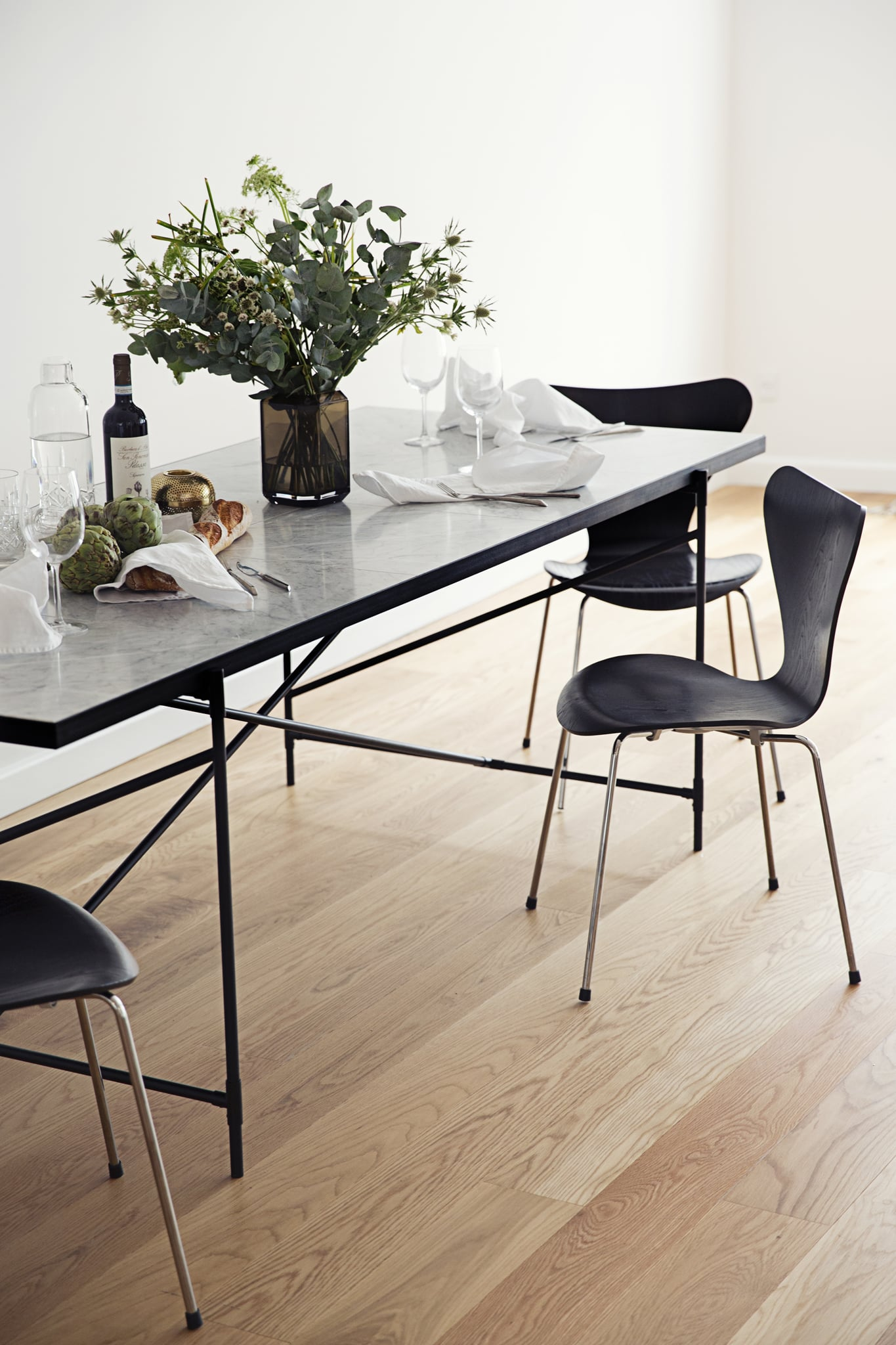 Dining-Table-230-12_large.JPG