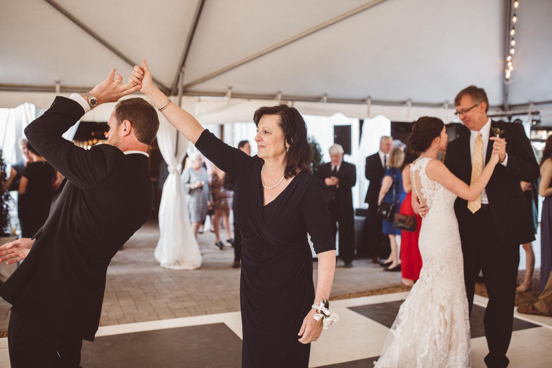 KDP_lindsey&taylor_wedding-878.JPG