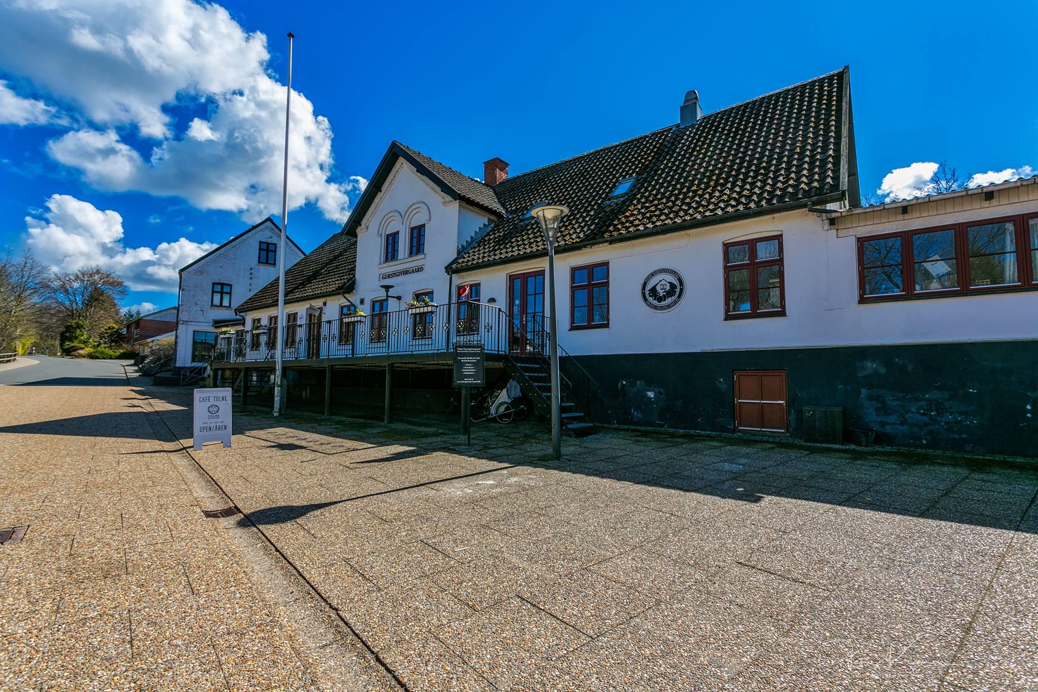 TOLNE - Tolne Gjæstgivergaard houses a unique ceramic retreat center in northern Denmark.
