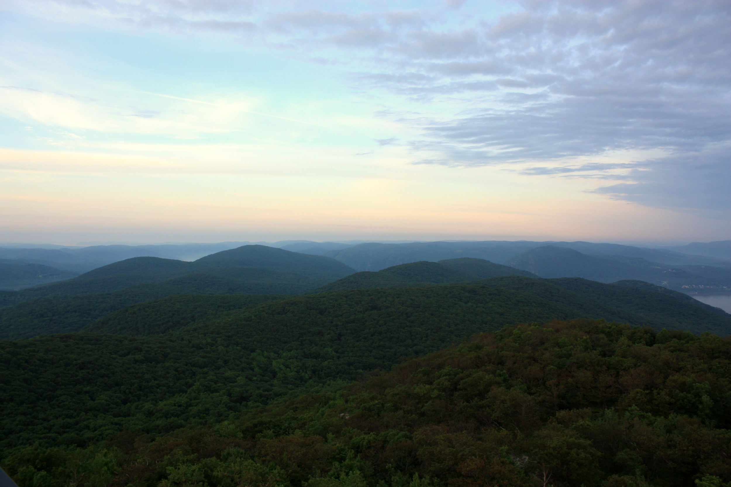 skyline-sunrise-Beacon-view-fire-tower-Hike-NY-Hudson-Valley-NYC.jpg