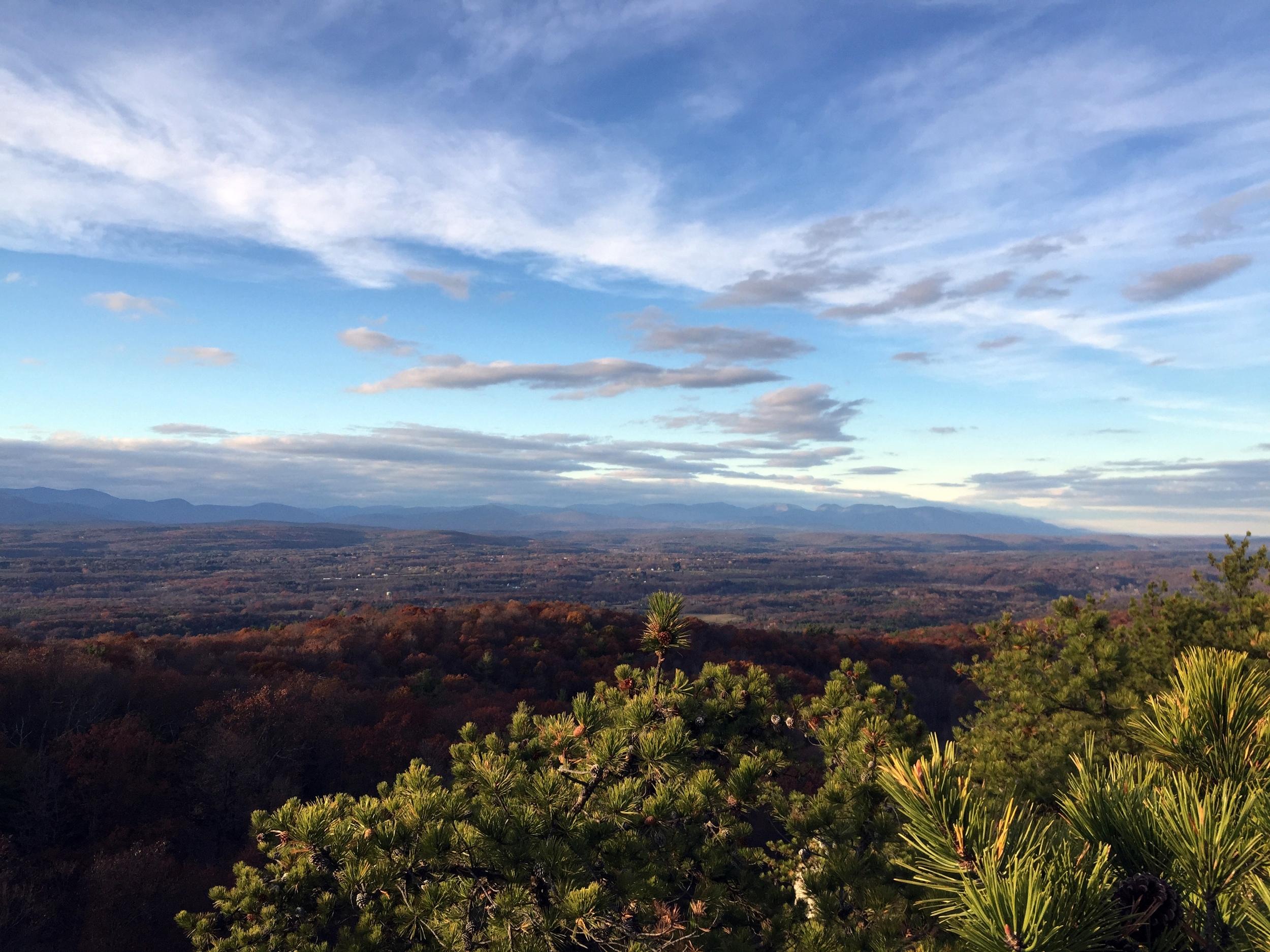 Catskills-view-shawangunk-ridge-mohonk-minnewaska-new-paltz-kerhonkson-high-falls-hike-ny.JPG