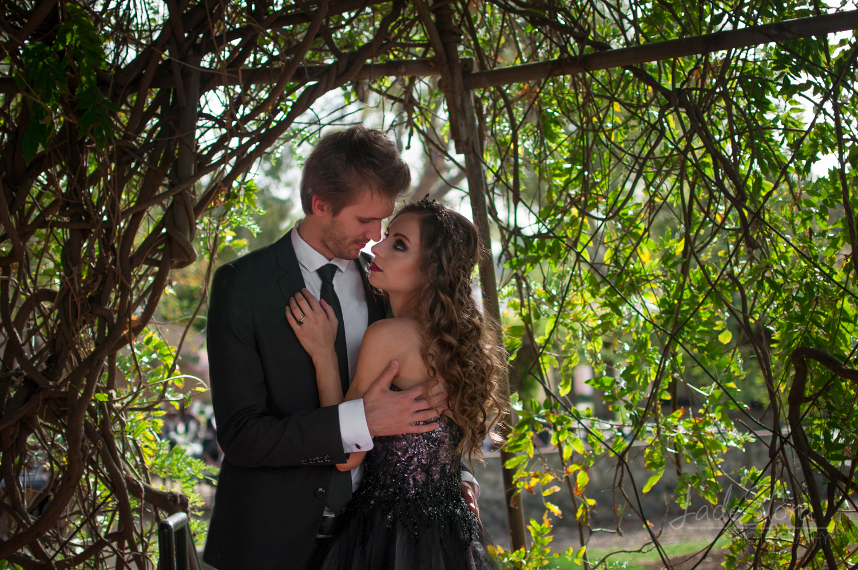 Glendale-Wedding-Photographer-Blog-Jade-Elora-Halloween-33.jpg