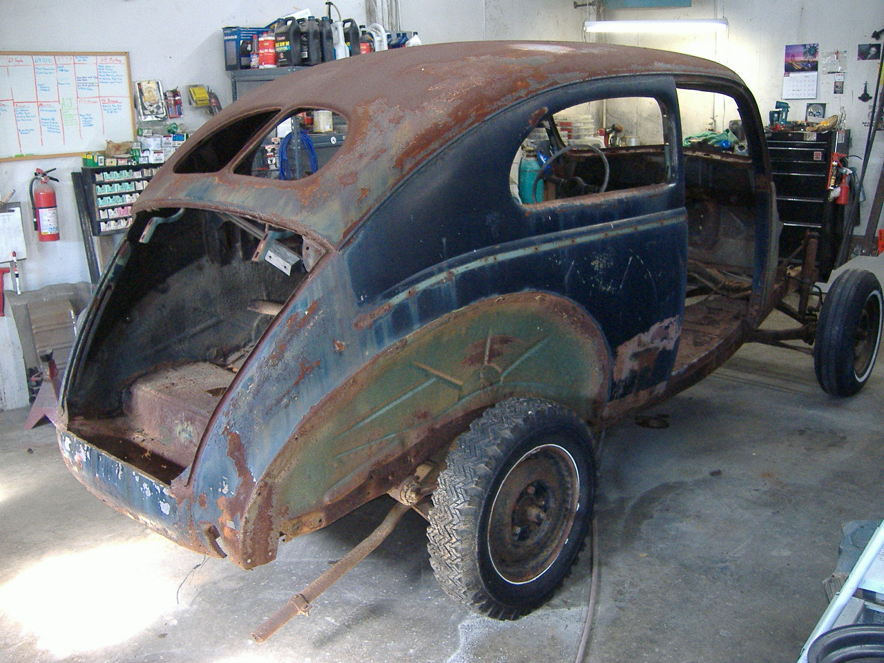 1940 ford in need of a total restoration