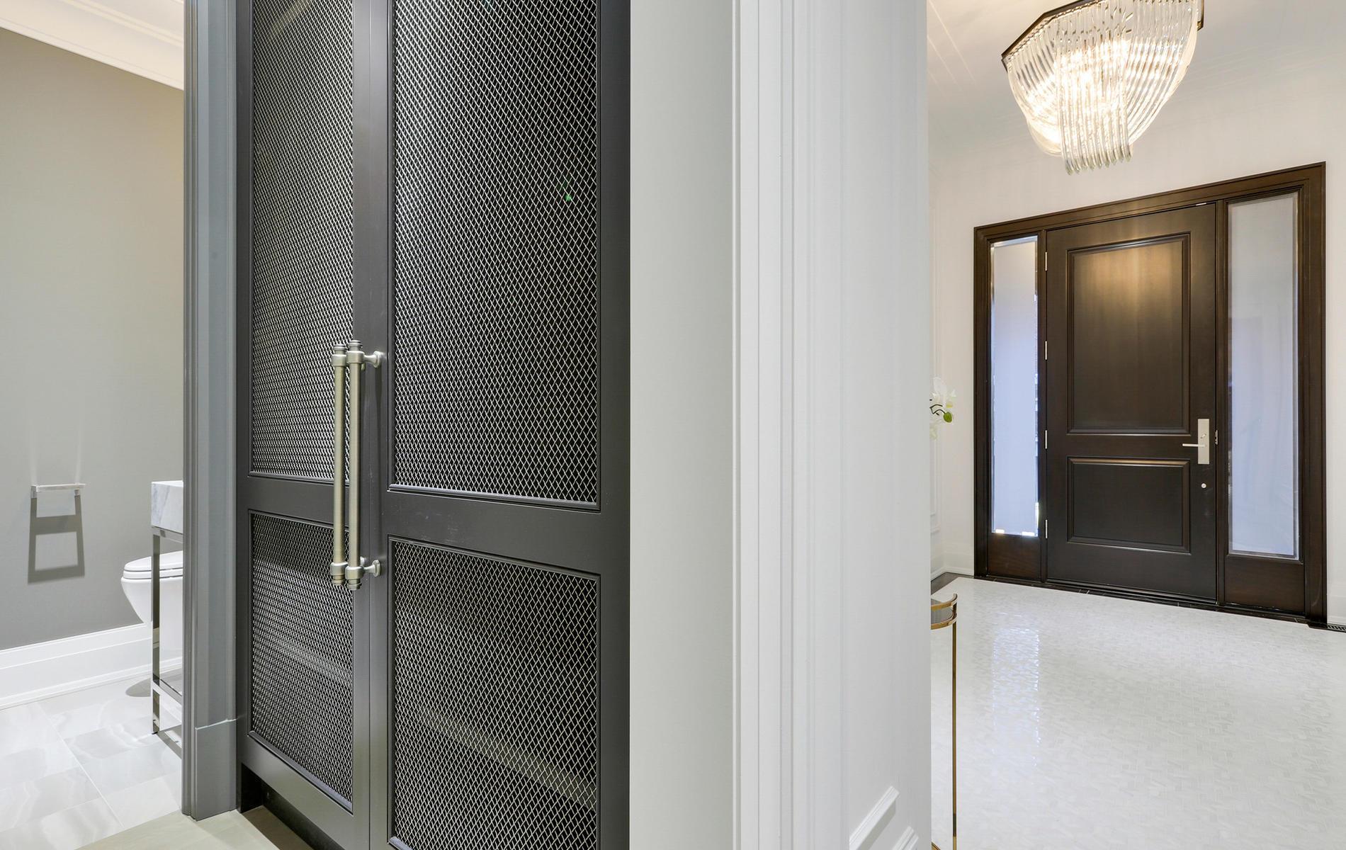 176 Balmoral Avenue Toronto ON-011-11-10TOUR6967-MLS_Size.jpg