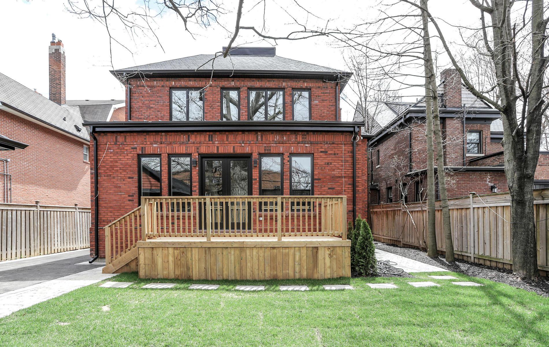 176 Balmoral Avenue Toronto ON-025-4-73TOUR6476-MLS_Size.jpg