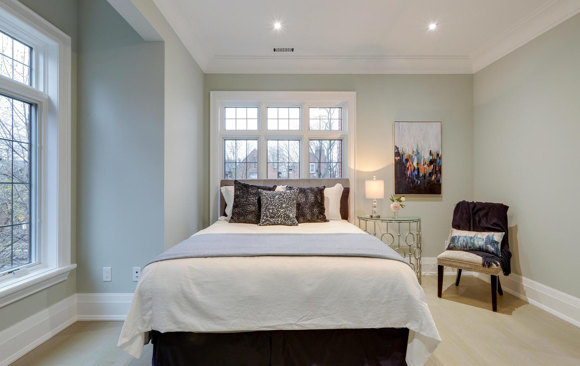 176 Balmoral Avenue Toronto ON-047-47-45TOUR7093-MLS_Size.jpg