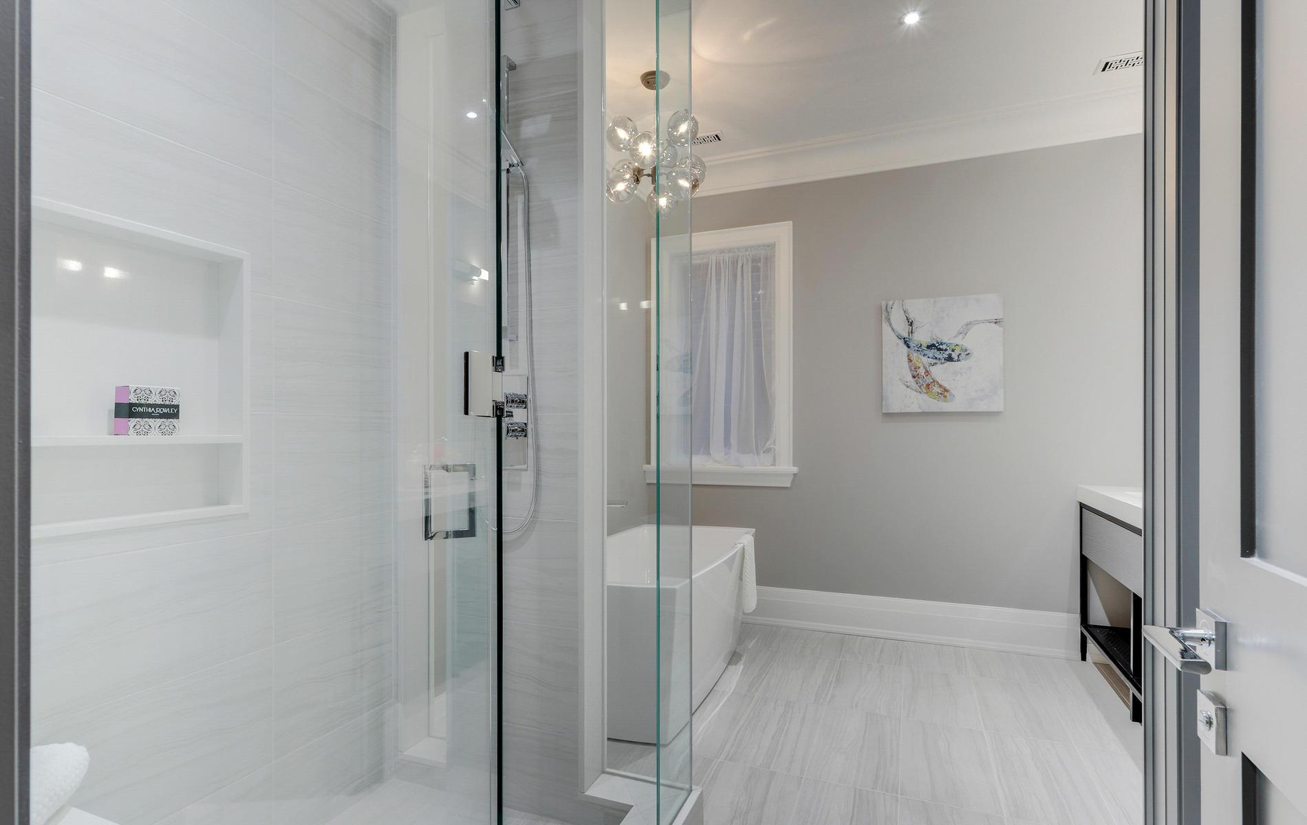 176 Balmoral Avenue Toronto ON-049-74-46TOUR7096-MLS_Size.jpg