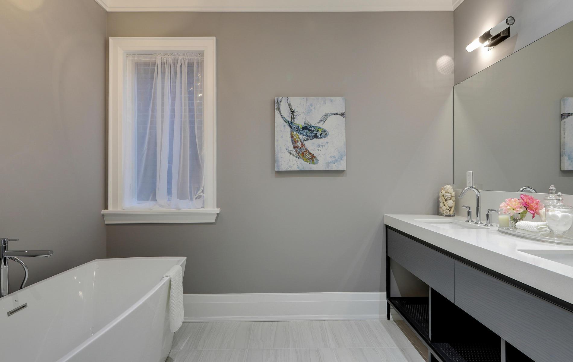 176 Balmoral Avenue Toronto ON-050-24-47TOUR7099-MLS_Size.jpg