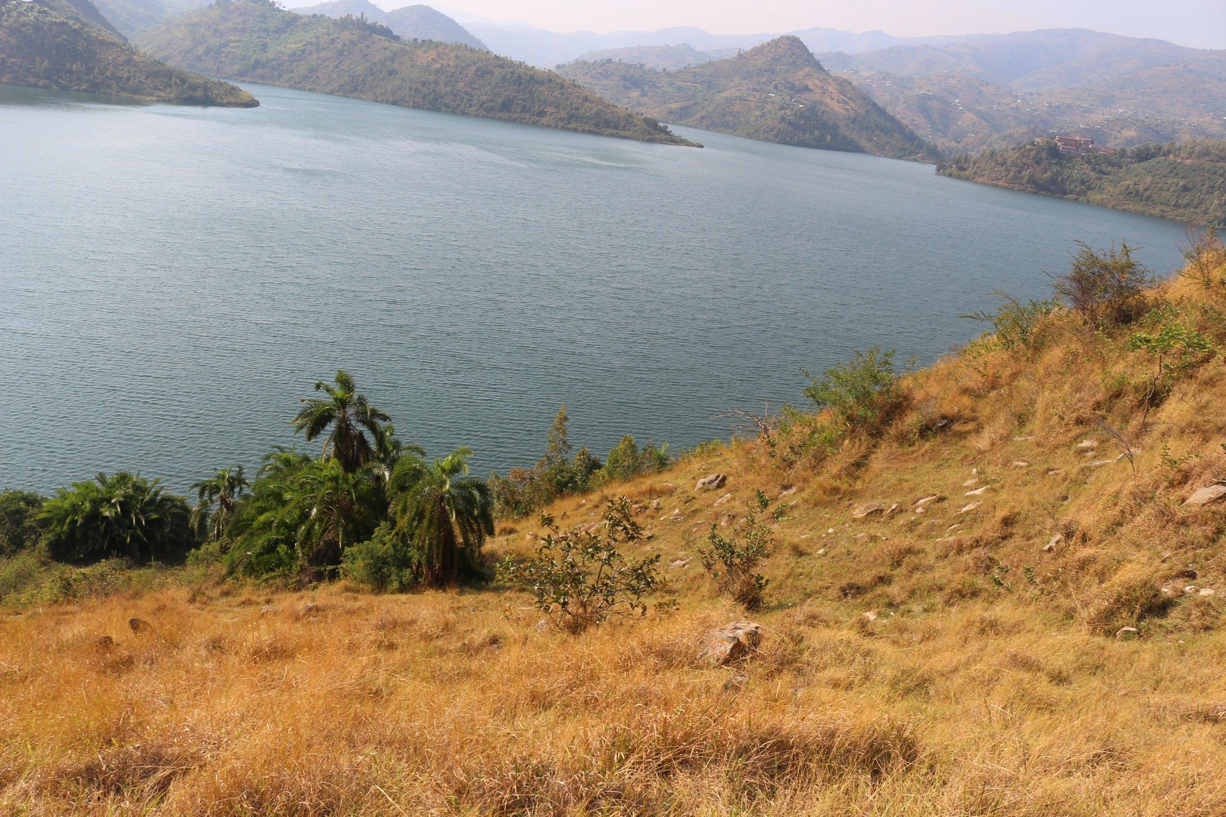Rwanda_Lake Kivu.jpg