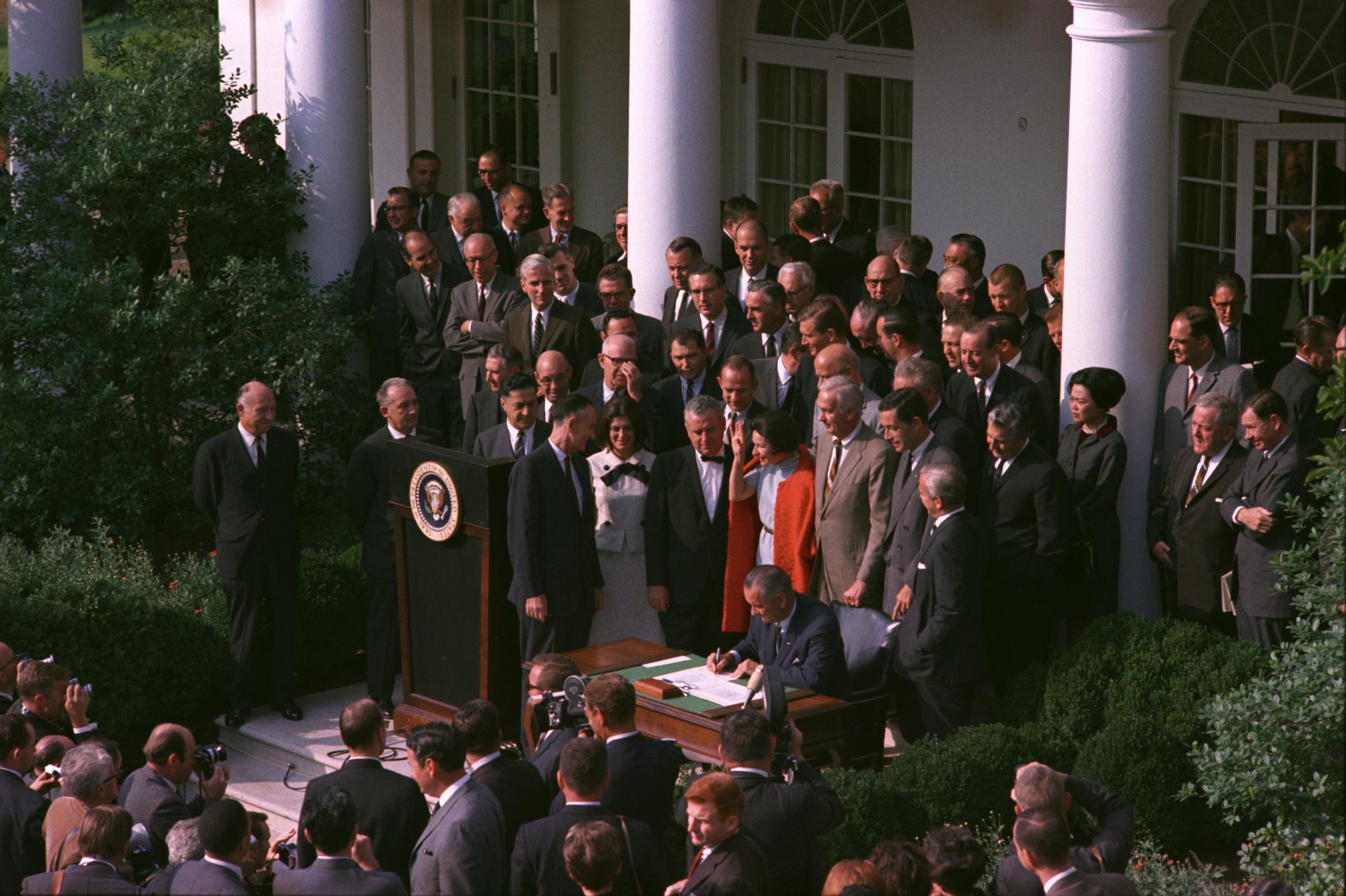 color legislation signing-medium.jpg