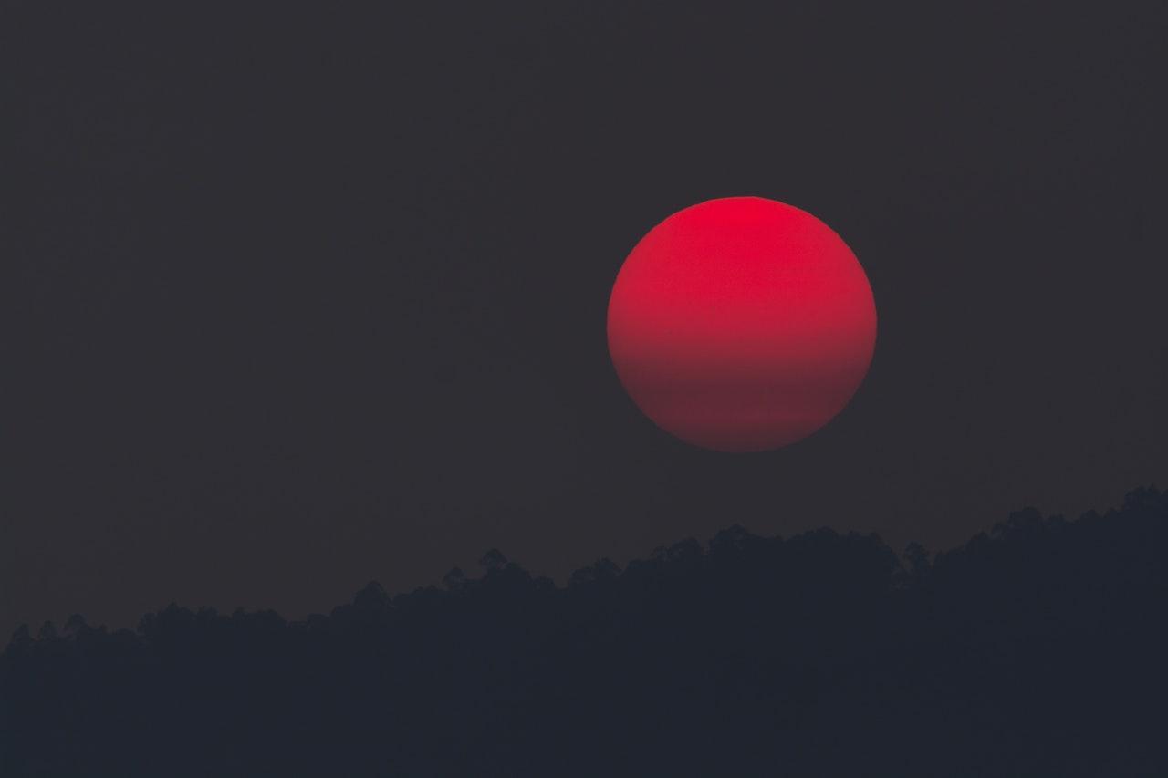 blood moon.jpeg