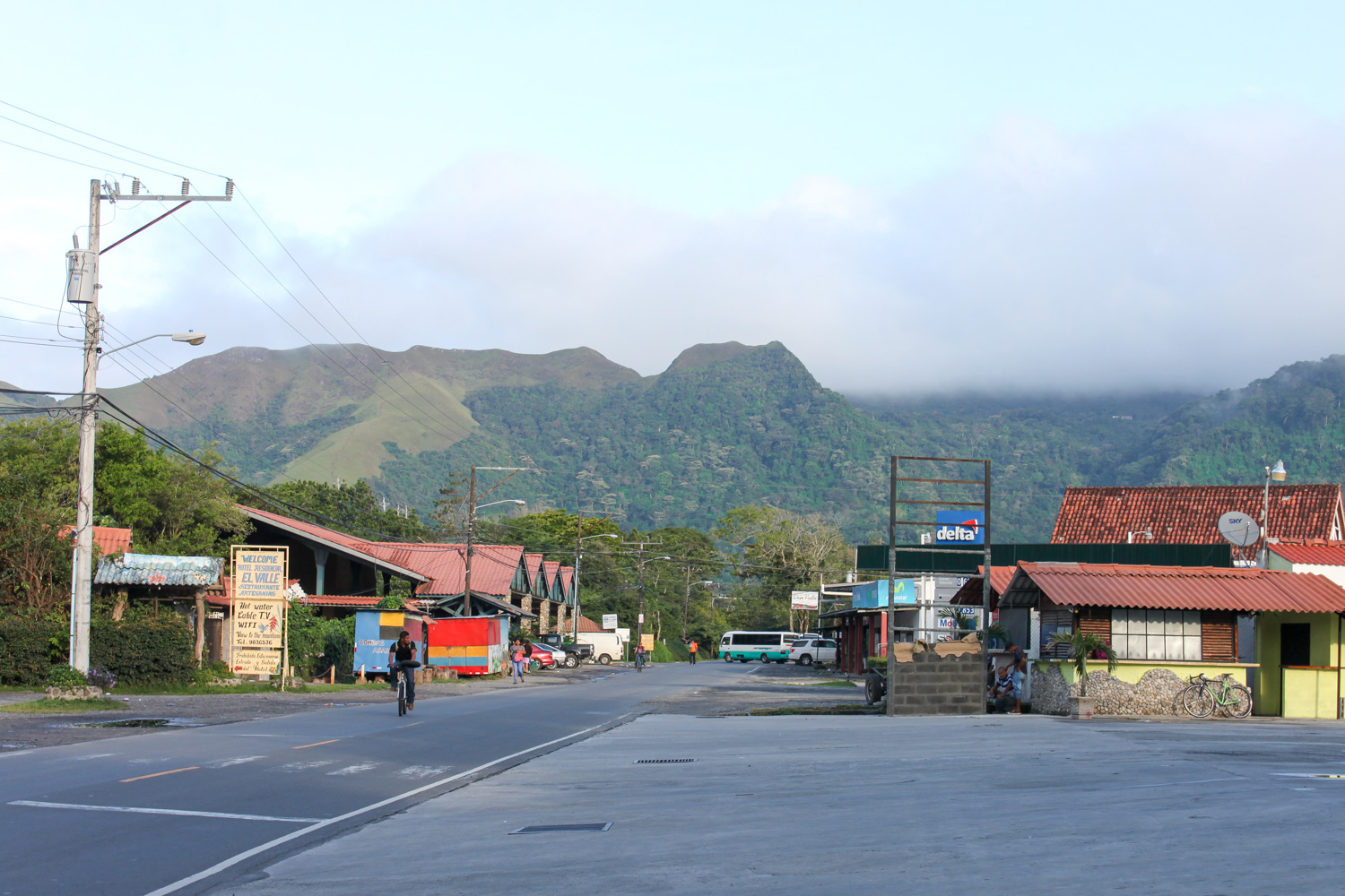 The town centre with la india dormida in the background. Spot her?