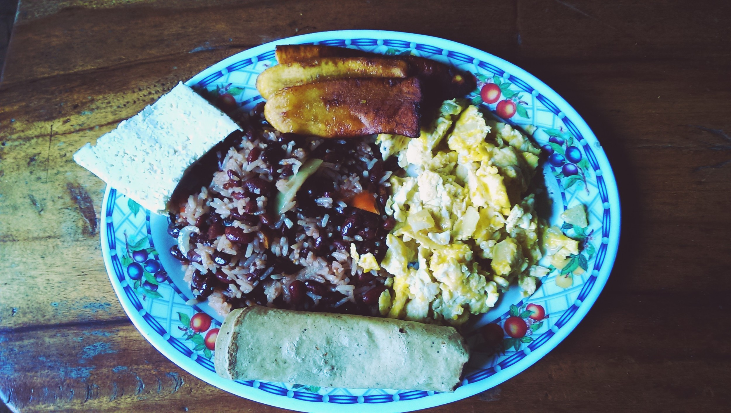 Typical Nicaraguan breakfast - filled with proteiney goodness