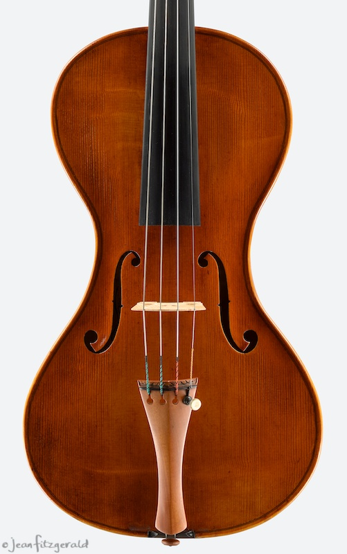 Luna (violin), ItzelAvila, 2013