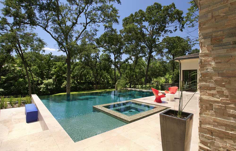 05-pool-view-2.jpg