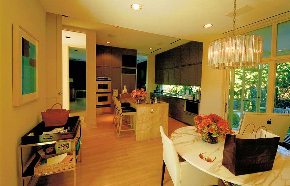 03-101-kitchen.jpg