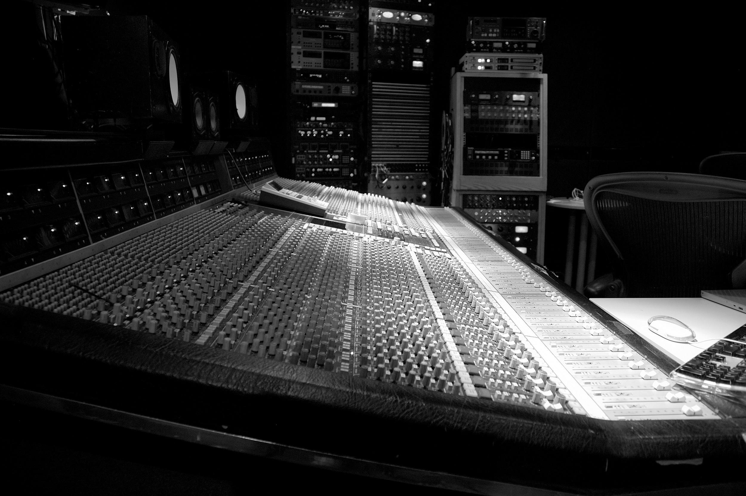 Sarm Studio 2