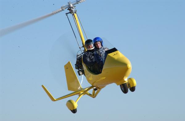 gyrocopter autogiro yellow