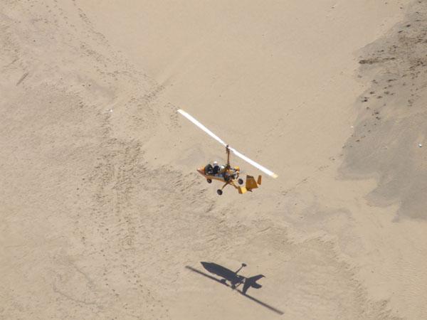 gyrocopter desert flying
