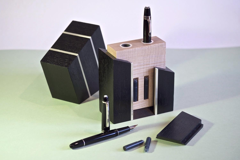 Pen Portmanteau - Open with secret compartment revealed