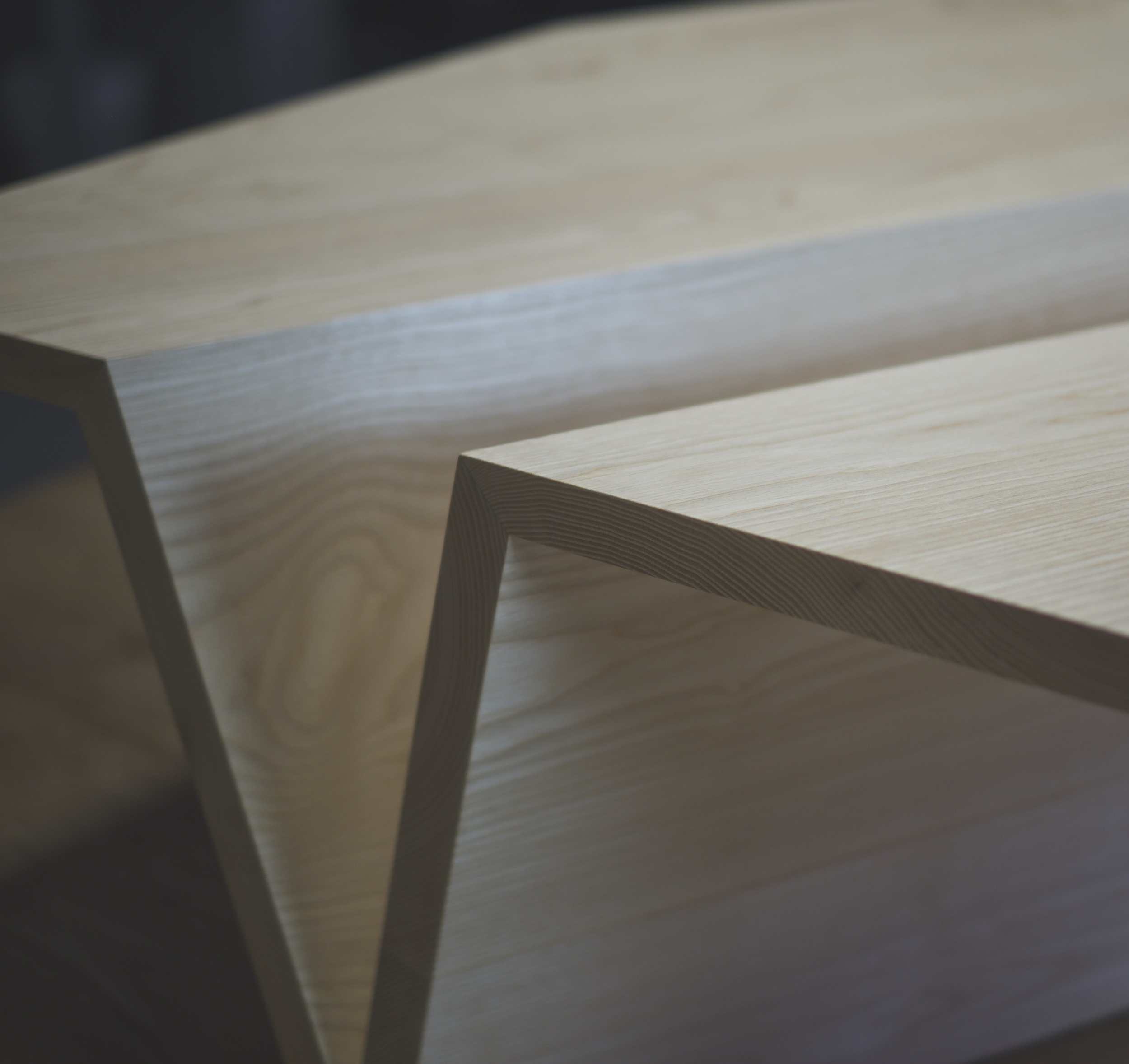 Origami Coffee Table - Dynamic line