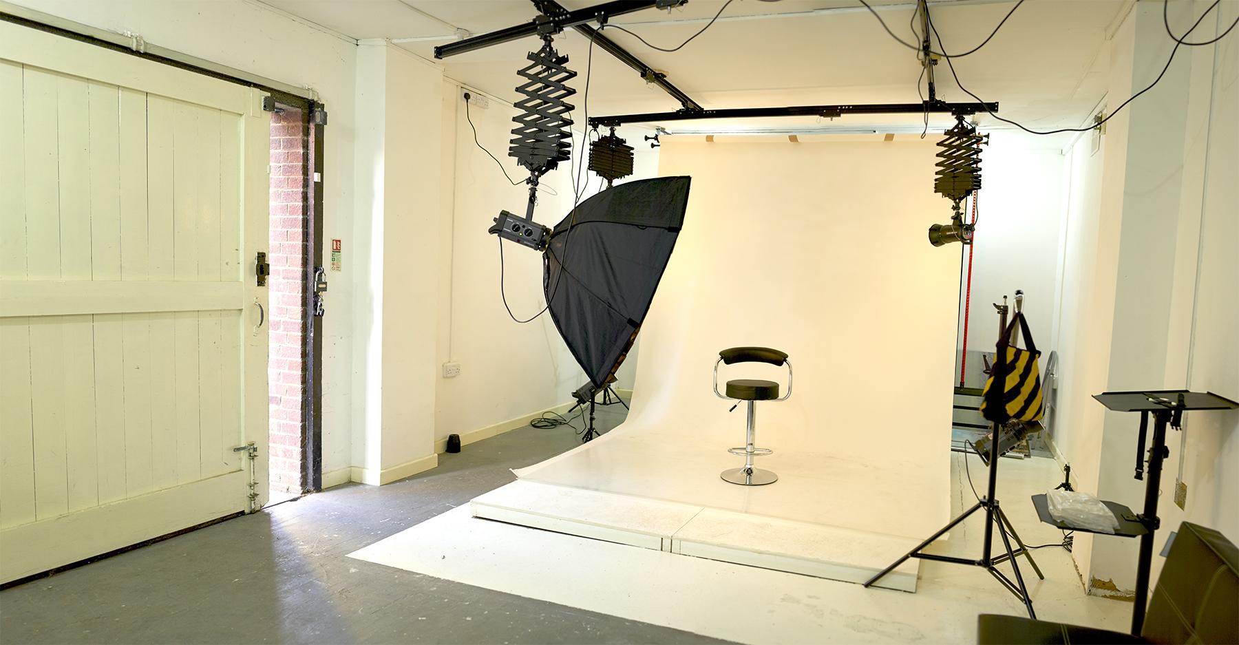 London Rd studio, gloucester