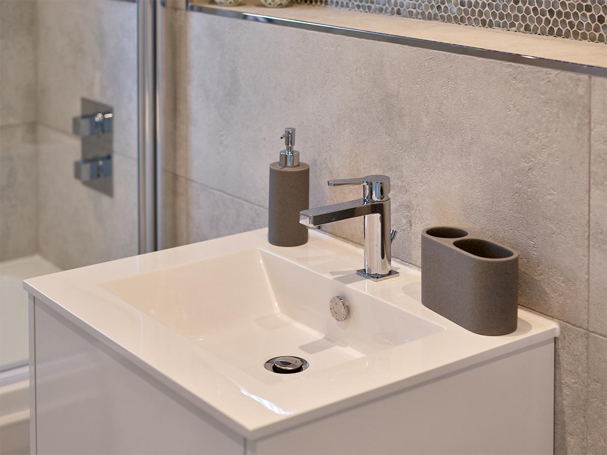 Watermark_Homes_Bathroom_2.jpg
