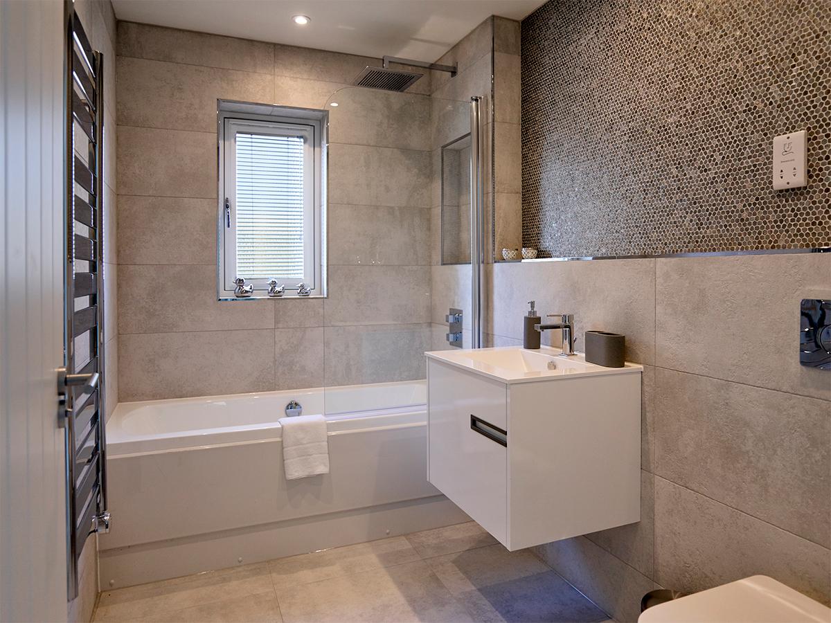 Watermark_Homes_Bathroom_3.jpg