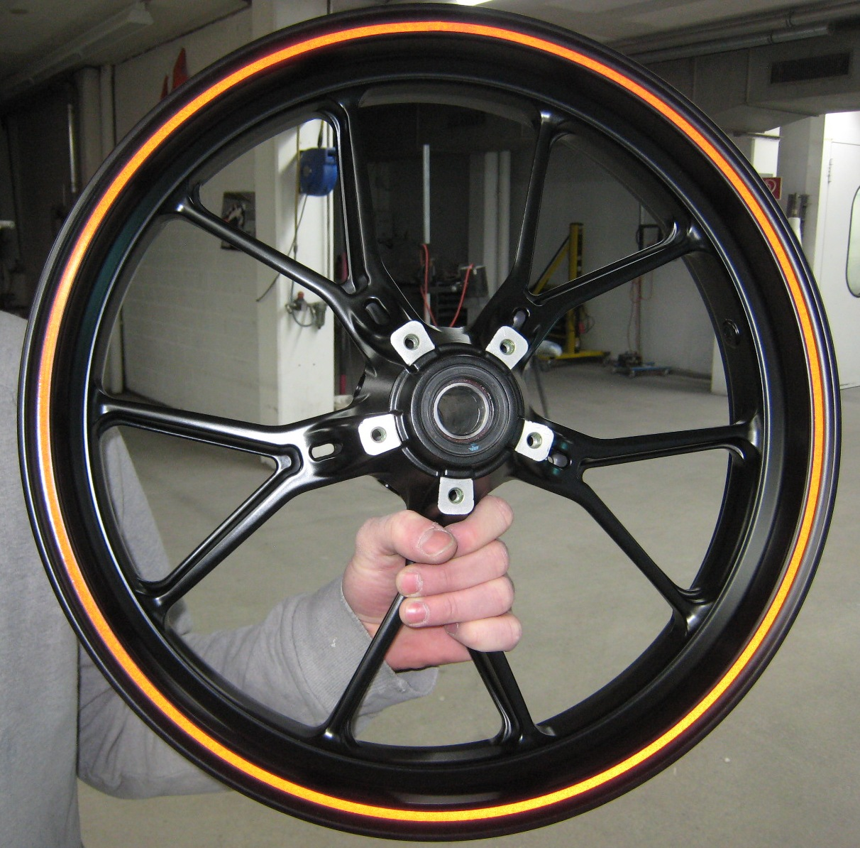 carriot felge lackieren Ducati.JPG