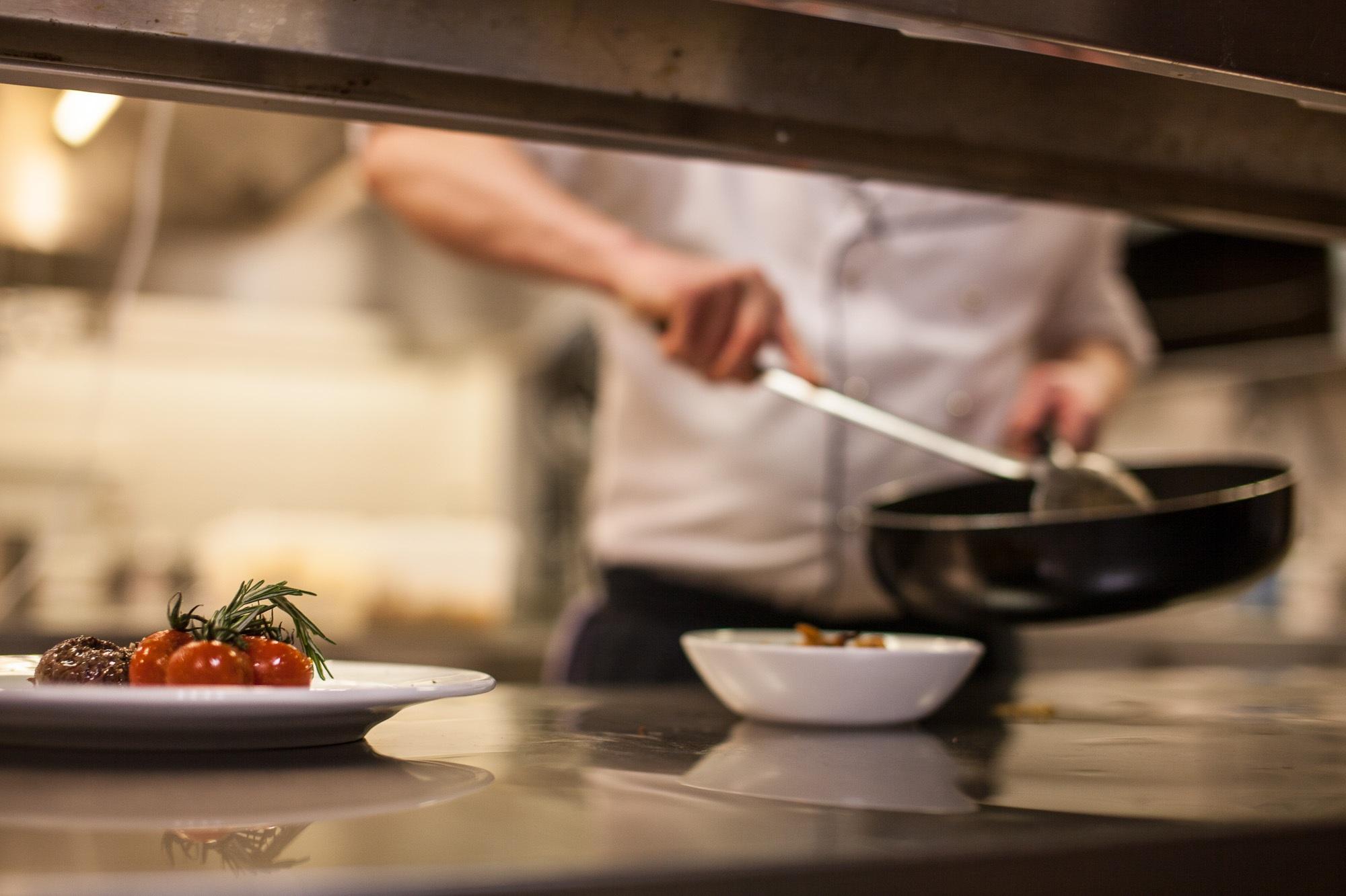 kitchen-515388.jpg