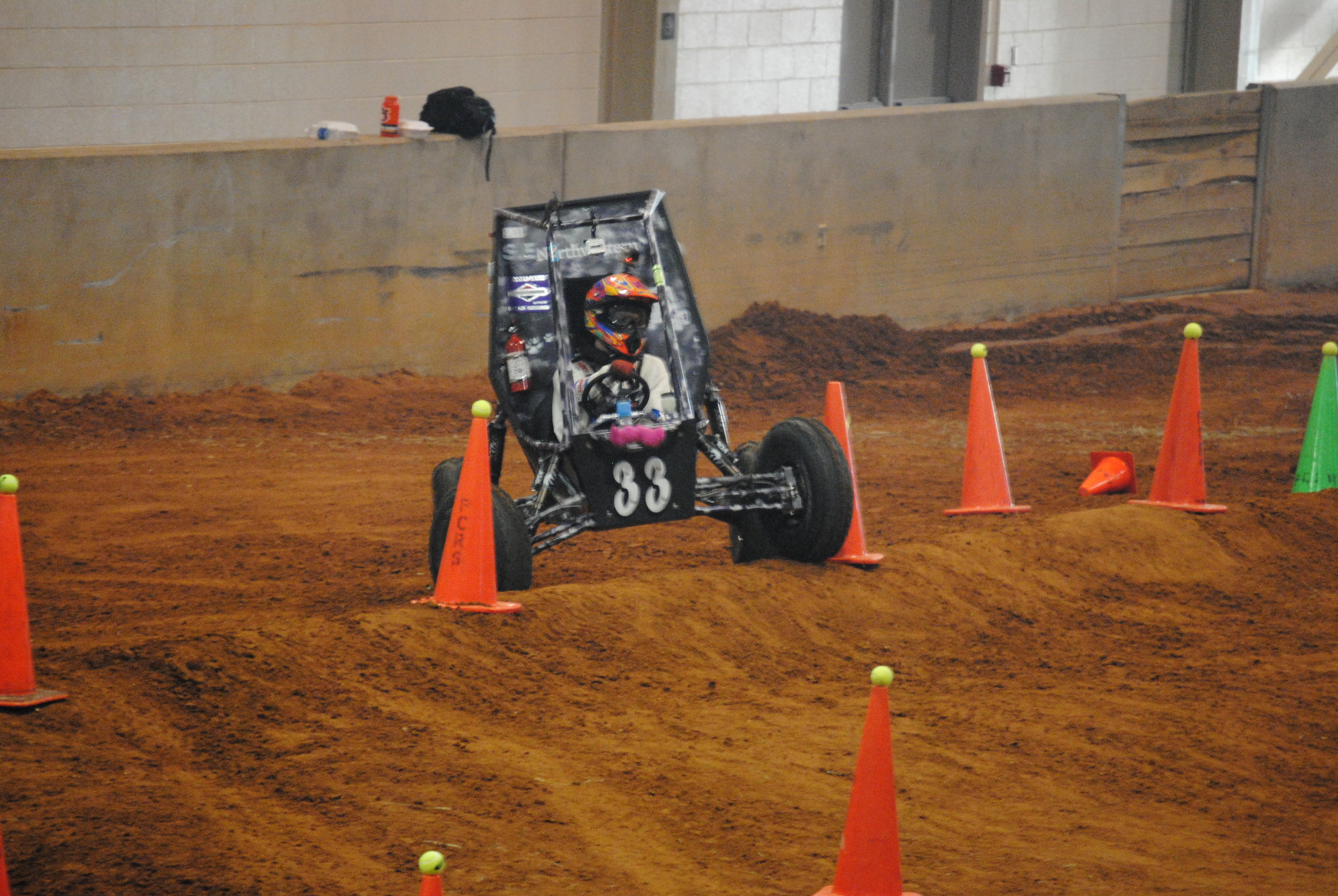 Mikey and Drew expertly navigated the Maneuverability course