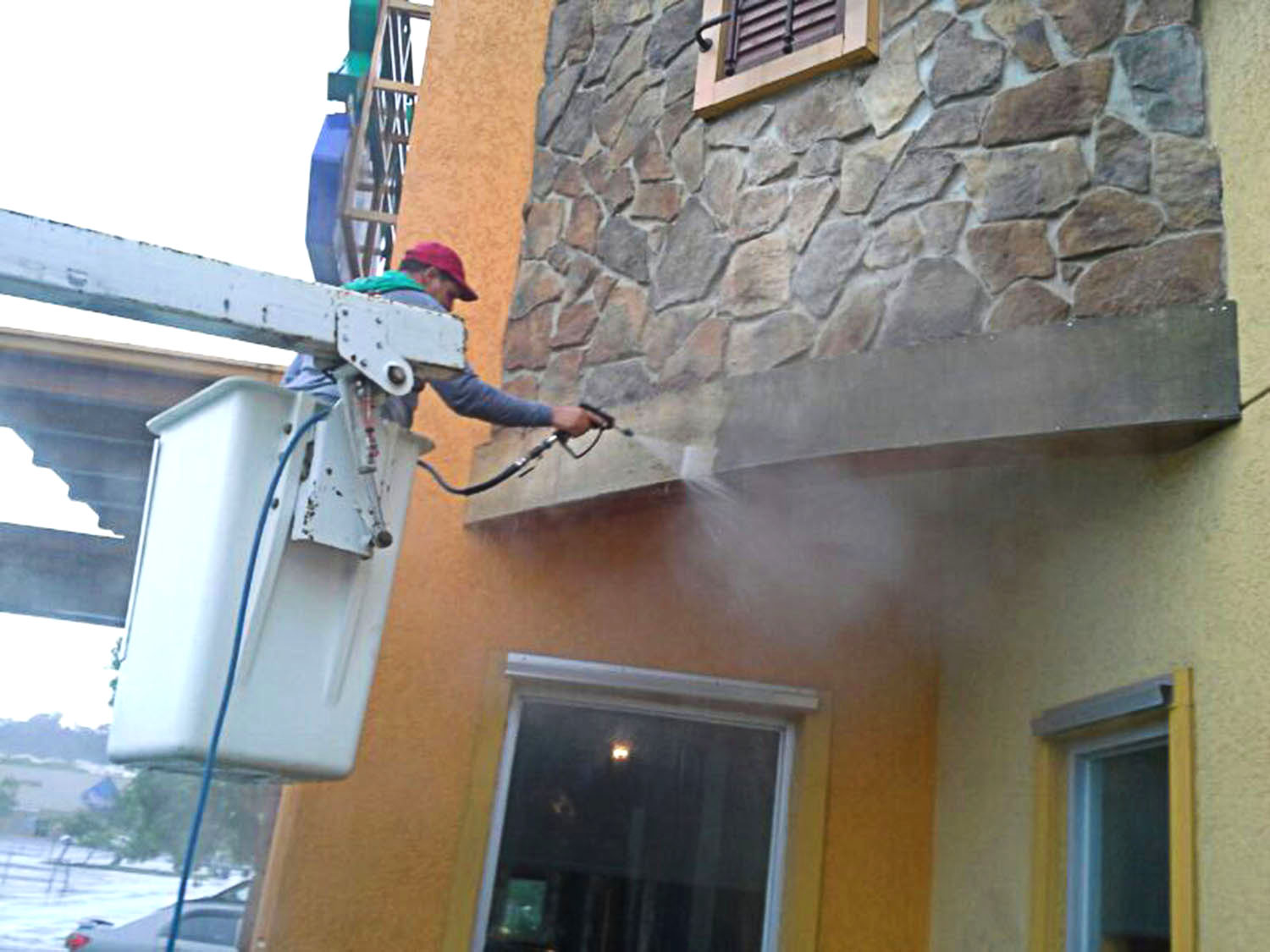 Pressure washing services in puerto rico
