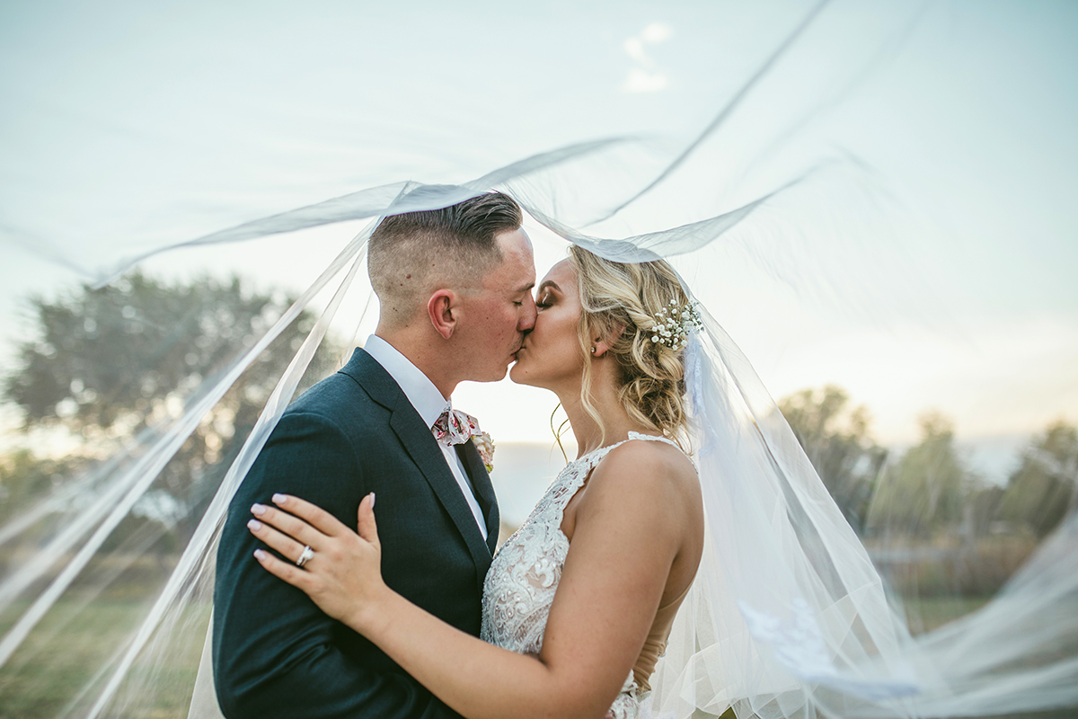 Weddings - It's your big day. Between you and your love, my camera and you, let's work together to capture all the special moments during this important celebration of your love.
