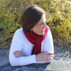 Jennifer Hooper is a contributor, friend, customer and an amazing part of the Tiller & Rye family.  Check out her website  .