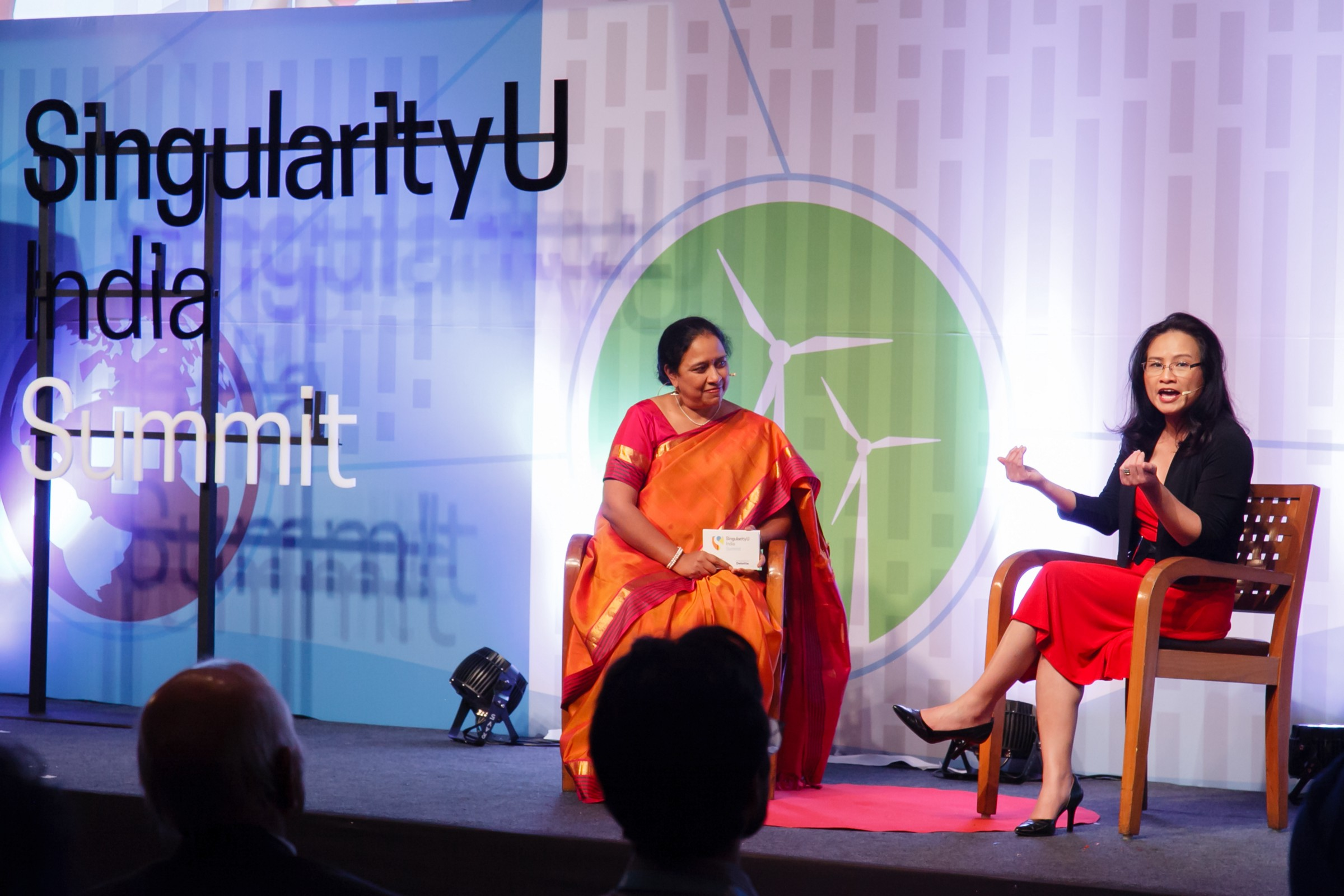 Emeline Paat-Dahlstrom speaks at SingularityU Summit in India