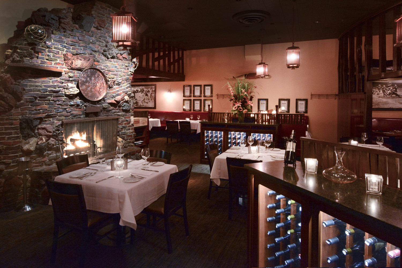 Dining-Room-DSC_0890.jpg