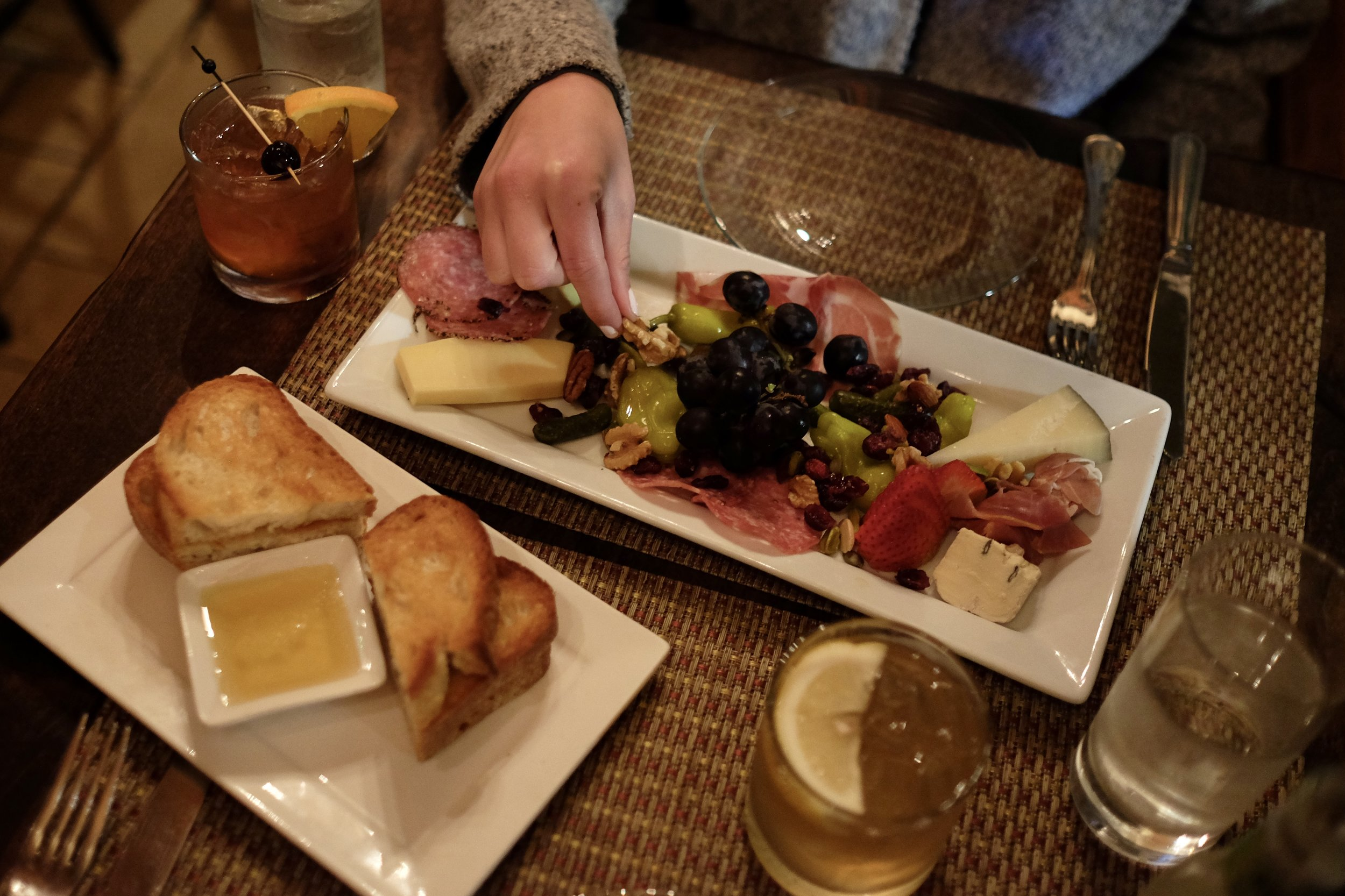 Yummy appetizers at Grasing's before dinner