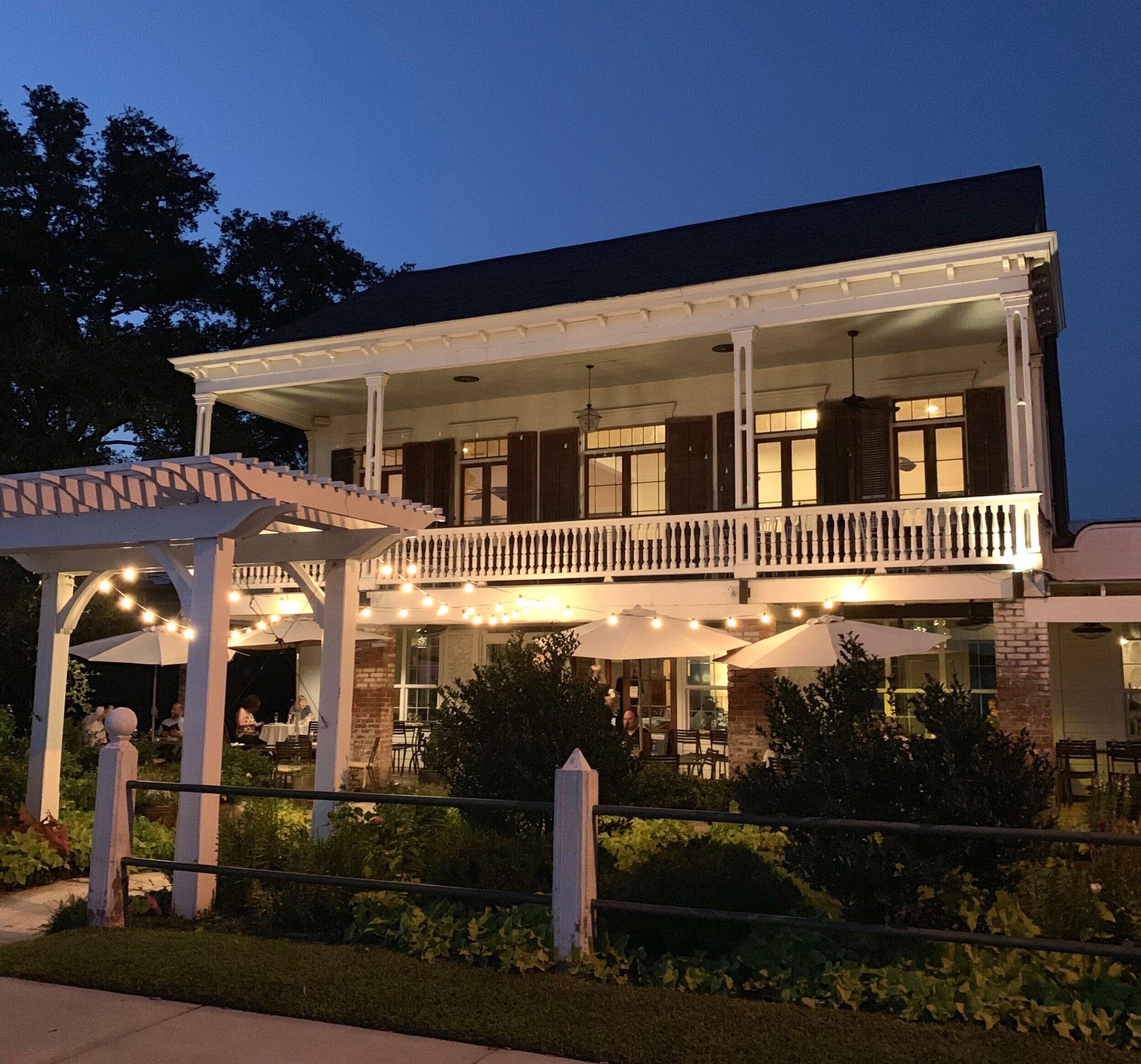 The Lakehouse Mandeville - a beautiful date night spot