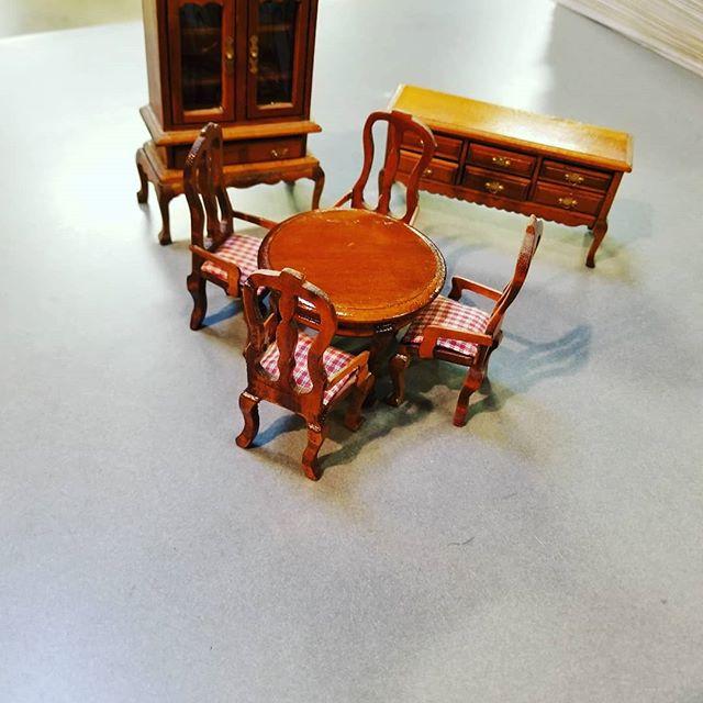 #carousel #miniaturefurniture #dollhouse #franklinmint #1988 #wooden #tuesday #thriftstorefinds #thrifting #newagaintreasures #newagain #thriftstore #boiseidaho #coleandfranklin