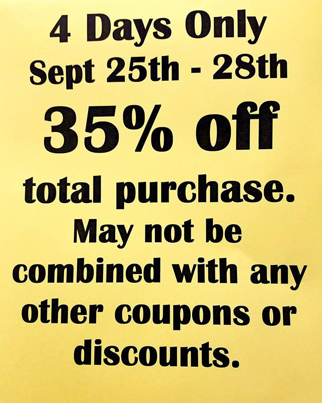 #sale #fall #thriftshopping #thriftstorefinds #newagaintreasures #newagain #thriftstore #boise #idaho #coleandfranklin #shopshopshop #discounts