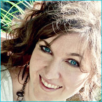 Melissa Tagg, author of Here to Stay and Made to Last .