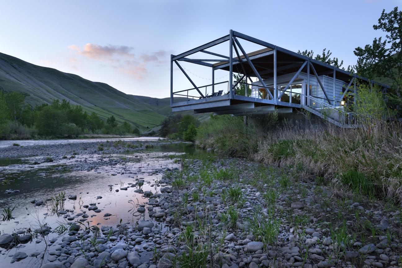 The Flood Plain House Potlatch River, Idaho